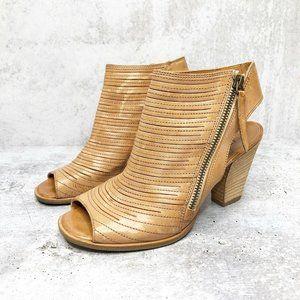 Paul Green Heel Cayanne Leather Block Heel Bootie